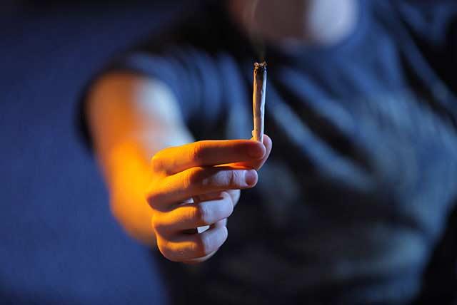 Kentucky teen arrested for selling marijuana through bedroom window